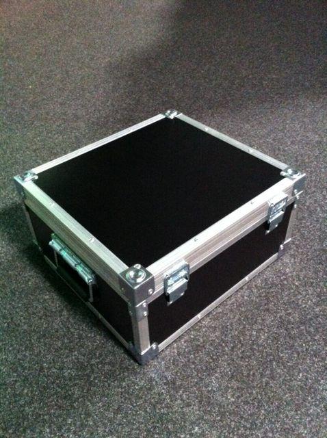 laserworld-flight-case-for-club-series